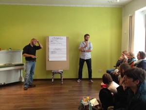 Ralf Weigt und Simon Becker moderierten den Abend